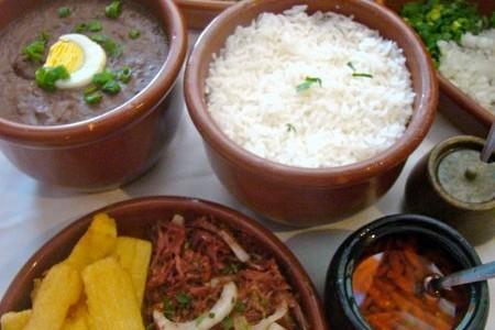 Cozinha típica das fazendas de Minas em sua casa